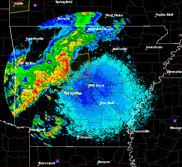 Radar Image for Severe Thunderstorms near Morrilton, AR at 4/18/2019 12:34 AM CDT
