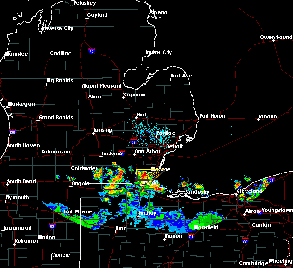 Radar Image for Severe Thunderstorms near Dundee, MI at 6/10/2015 11:54 PM EDT