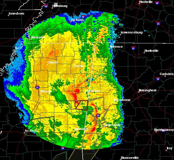 Radar Image for Severe Thunderstorms near Pickensville, AL at 4/18/2019 5:43 PM CDT