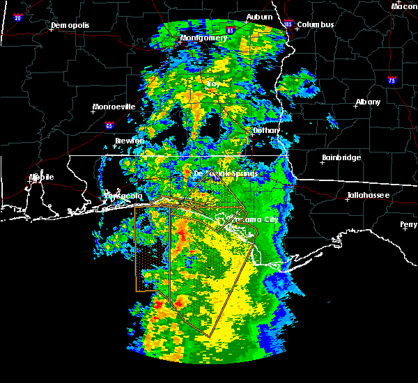 Radar Image for Severe Thunderstorms near Ponce de Leon, FL at 4/19/2019 4:18 AM CDT
