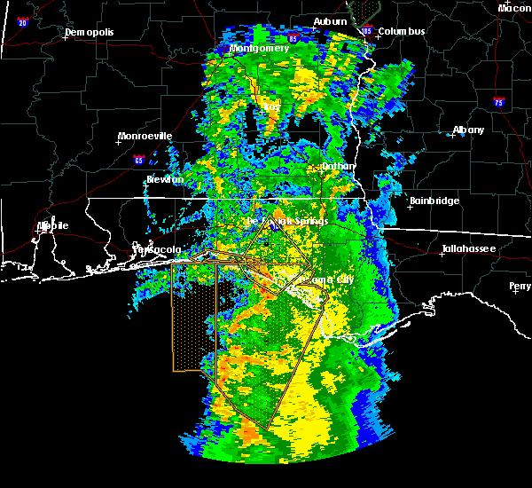 Radar Image for Severe Thunderstorms near Ponce de Leon, FL at 4/19/2019 4:45 AM CDT