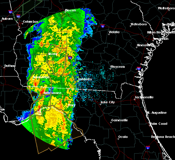 Radar Image for Severe Thunderstorms near Moultrie, GA at 4/19/2019 9:08 AM EDT
