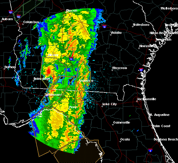 Radar Image for Severe Thunderstorms near Alapaha, GA at 4/19/2019 9:39 AM EDT