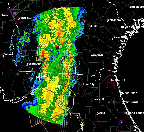 Radar Image for Severe Thunderstorms near Cross City, FL at 4/19/2019 9:52 AM EDT