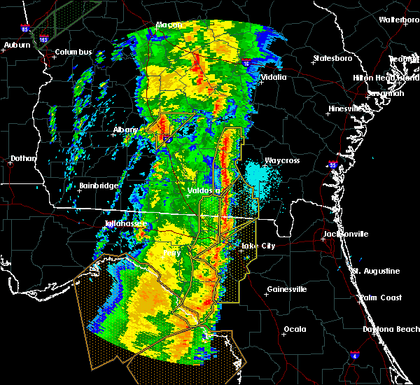 Radar Image for Severe Thunderstorms near Statenville, GA at 4/19/2019 10:27 AM EDT