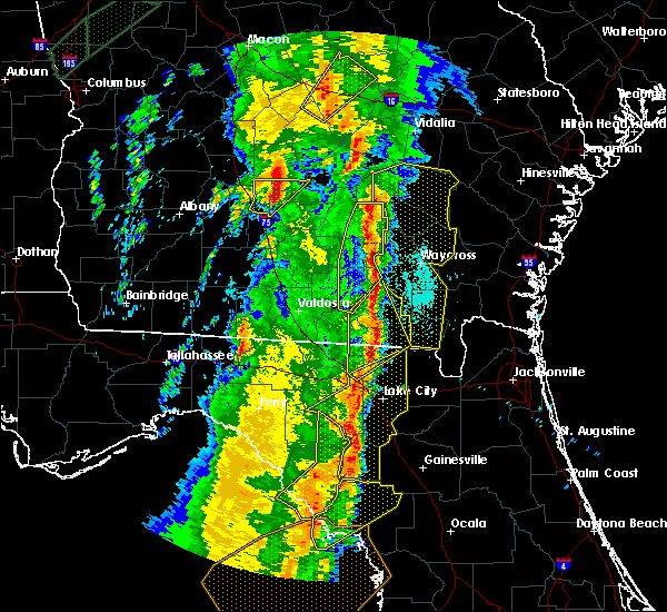Radar Image for Severe Thunderstorms near Baxley, GA at 4/19/2019 10:40 AM EDT
