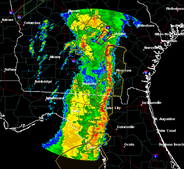 Radar Image for Severe Thunderstorms near Cross City, FL at 4/19/2019 10:58 AM EDT