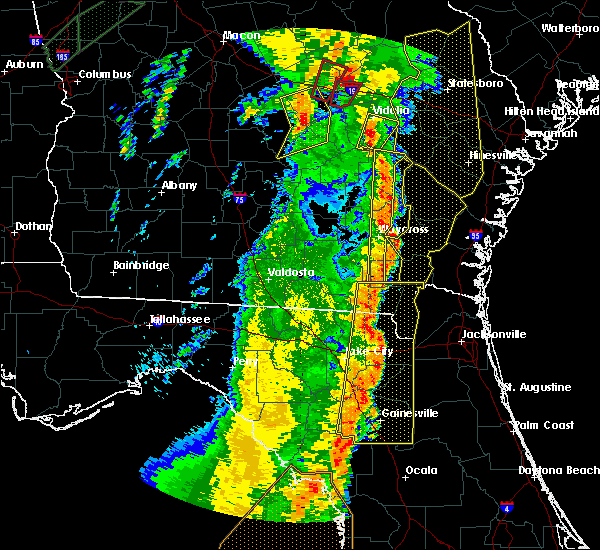 Radar Image for Severe Thunderstorms near Baxley, GA at 4/19/2019 11:21 AM EDT