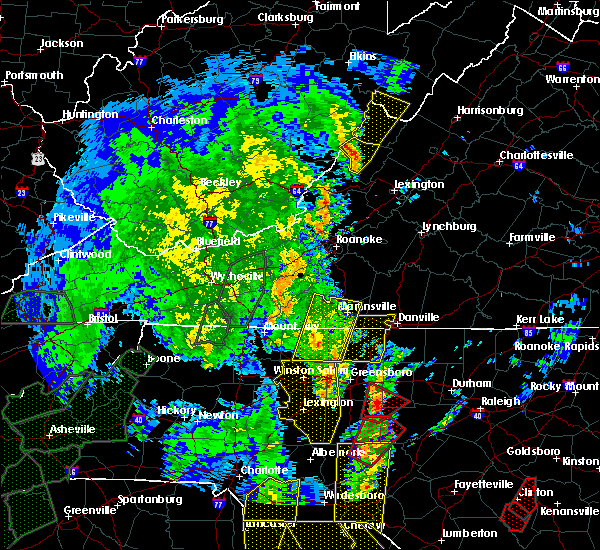 Radar Image for Severe Thunderstorms near Warm Springs, VA at 4/19/2019 3:11 PM EDT