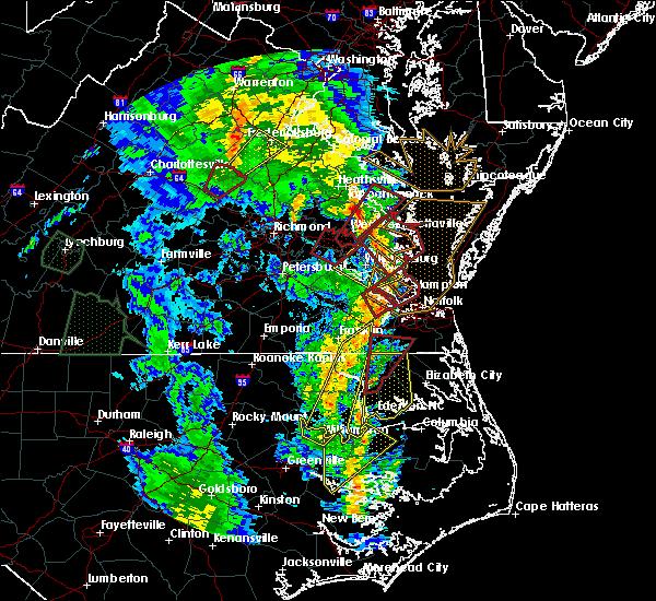 Radar Image for Severe Thunderstorms near Yorktown, VA at 4/19/2019 8:16 PM EDT
