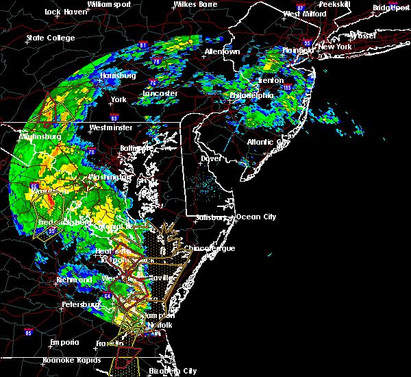 Radar Image for Severe Thunderstorms near Lexington Park, MD at 4/19/2019 8:38 PM EDT