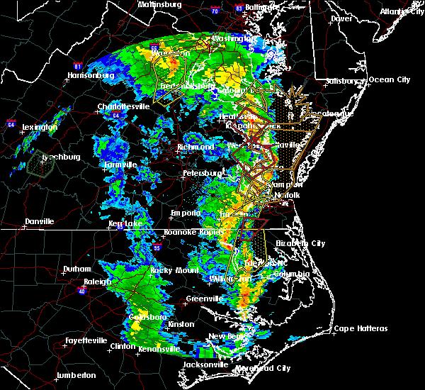 Radar Image for Severe Thunderstorms near Yorktown, VA at 4/19/2019 8:44 PM EDT