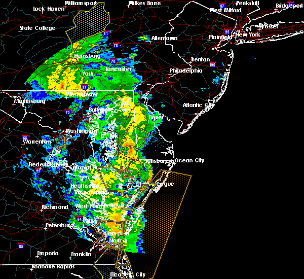 Radar Image for Severe Thunderstorms near Captains Cove, VA at 4/19/2019 9:54 PM EDT