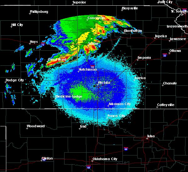 Radar Image for Severe Thunderstorms near Lyons, KS at 4/21/2019 11:12 PM CDT