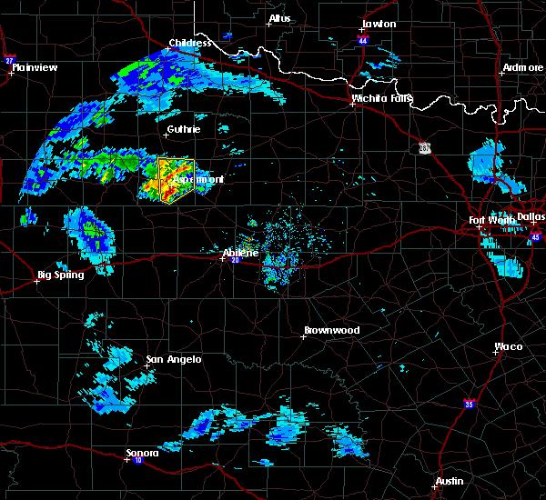 Radar Image for Severe Thunderstorms near Aspermont, TX at 4/22/2019 8:00 PM CDT