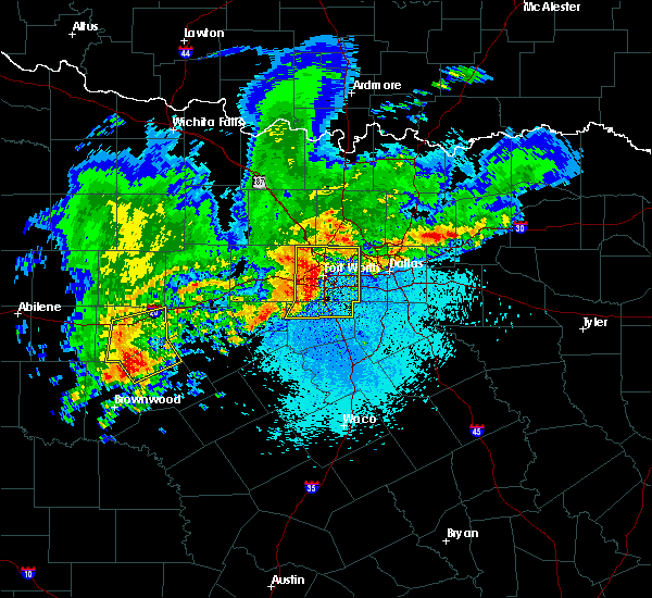Radar Image for Severe Thunderstorms near Keller, TX at 4/23/2019 9:34 PM CDT