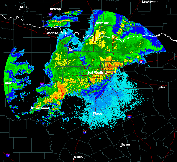 Radar Image for Severe Thunderstorms near Richardson, TX at 4/23/2019 11:06 PM CDT