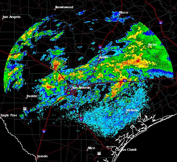 Radar Image for Severe Thunderstorms near Fredericksburg, TX at 4/24/2019 11:34 AM CDT