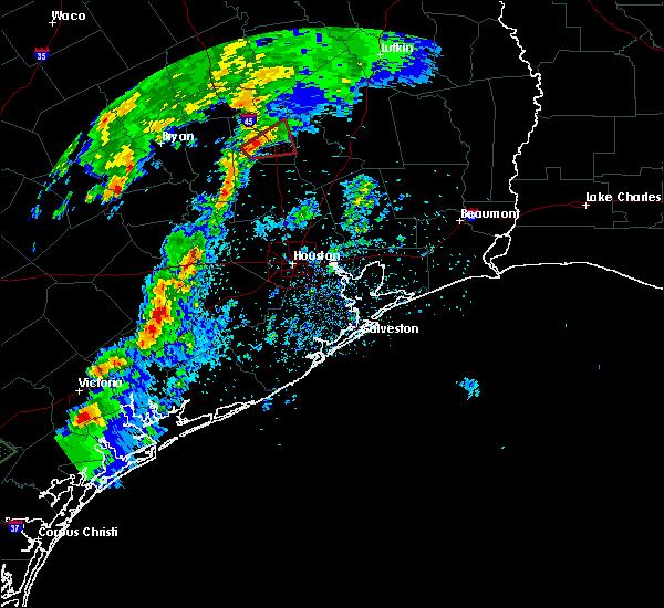 Radar Image for Severe Thunderstorms near Huntsville, TX at 4/24/2019 8:04 PM CDT