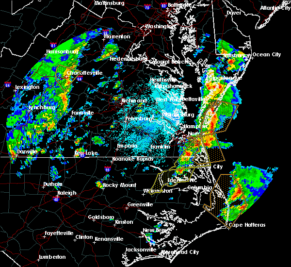 Radar Image for Severe Thunderstorms near Virginia Beach, VA at 4/26/2019 1:32 PM EDT