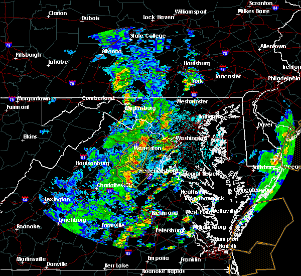 Radar Image for Severe Thunderstorms near Fredericksburg, VA at 4/26/2019 2:20 PM EDT