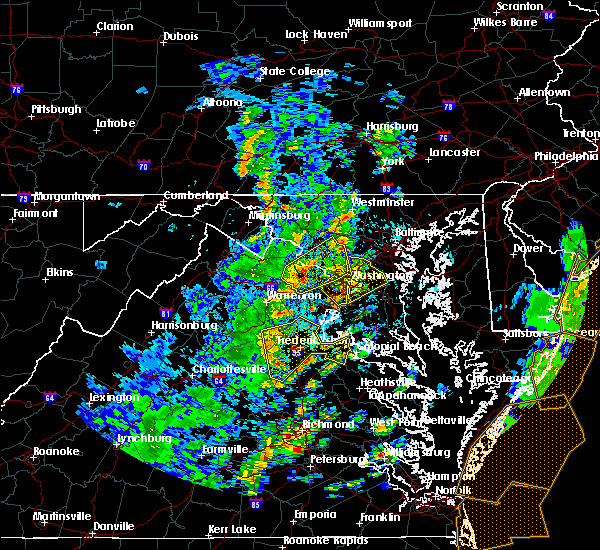 Radar Image for Severe Thunderstorms near Southern Gateway, VA at 4/26/2019 2:32 PM EDT