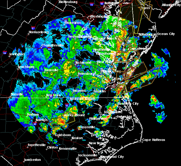 Radar Image for Severe Thunderstorms near Virginia Beach, VA at 4/26/2019 4:46 PM EDT