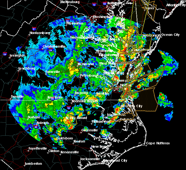 Radar Image for Severe Thunderstorms near Virginia Beach, VA at 4/26/2019 4:59 PM EDT