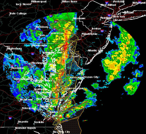 Radar Image for Severe Thunderstorms near Dover, DE at 4/26/2019 5:02 PM EDT