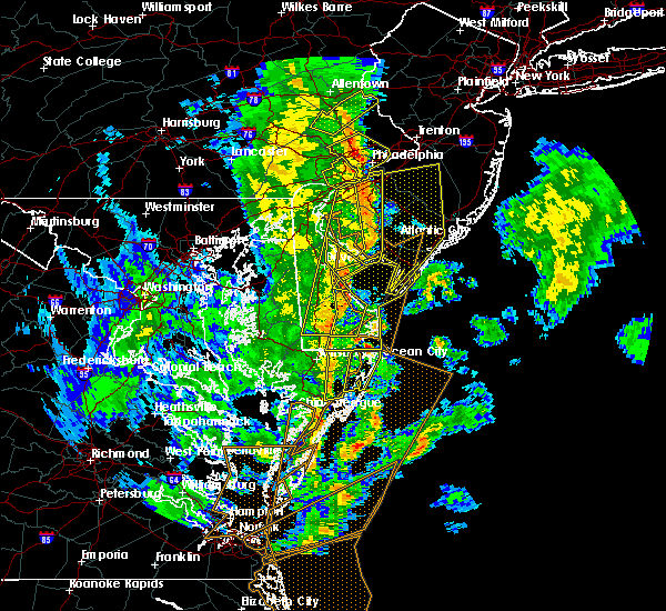 Radar Image for Severe Thunderstorms near Dover, DE at 4/26/2019 5:44 PM EDT
