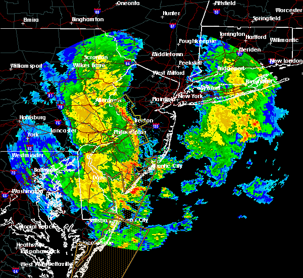 Radar Image for Severe Thunderstorms near Roebling, NJ at 4/26/2019 6:19 PM EDT