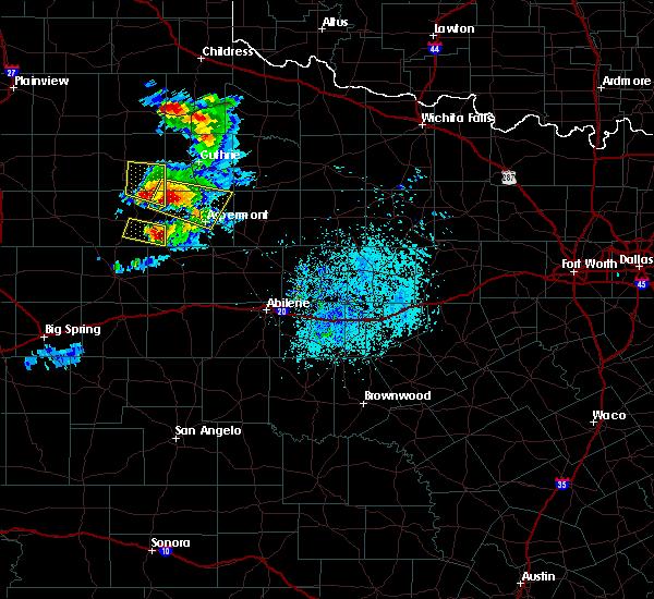 Radar Image for Severe Thunderstorms near Jayton, TX at 4/27/2019 6:36 PM CDT