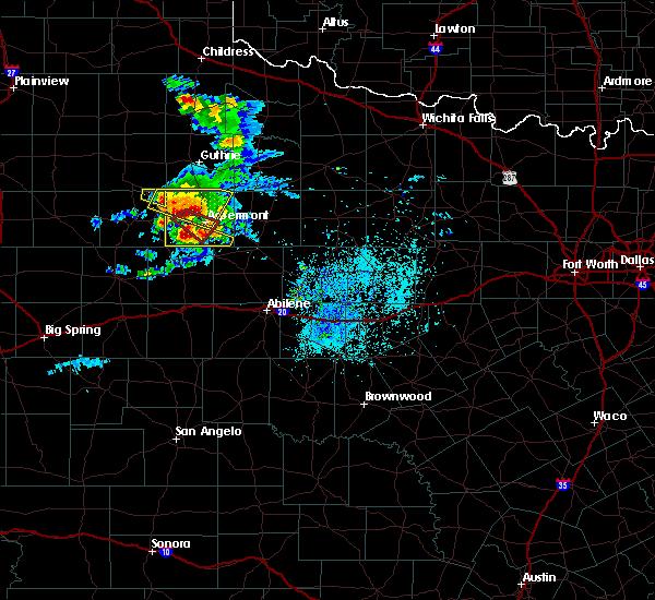 Radar Image for Severe Thunderstorms near Aspermont, TX at 4/27/2019 7:00 PM CDT