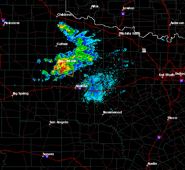 Radar Image for Severe Thunderstorms near Hamlin, TX at 4/27/2019 7:33 PM CDT