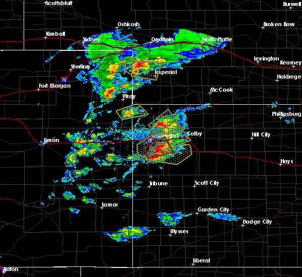 Radar Image for Severe Thunderstorms near Amherst, CO at 4/28/2019 3:56 PM MDT