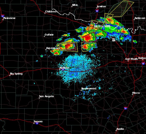 Radar Image for Severe Thunderstorms near Throckmorton, TX at 5/1/2019 3:11 PM CDT