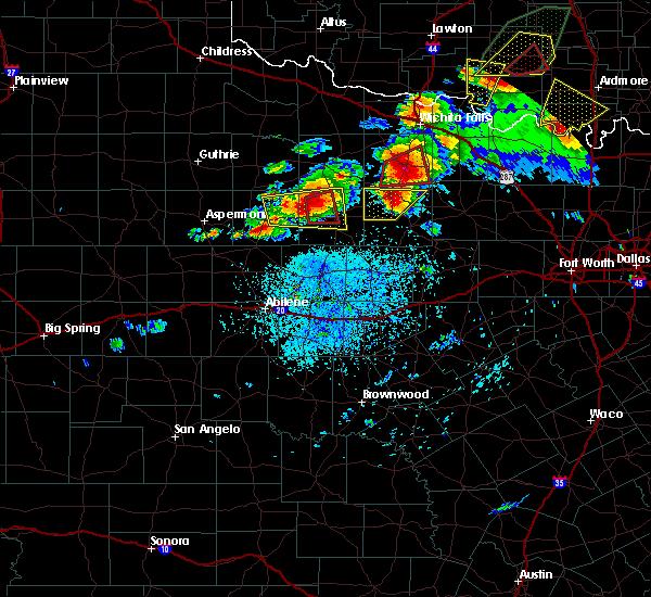 Radar Image for Severe Thunderstorms near Throckmorton, TX at 5/1/2019 3:29 PM CDT