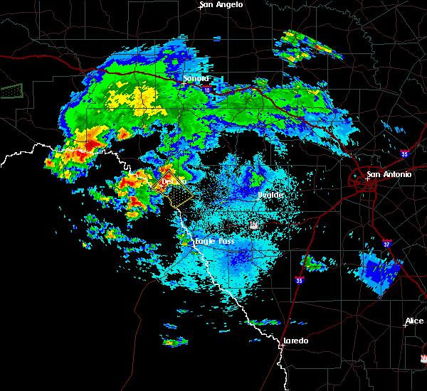 Radar Image for Severe Thunderstorms near Del Rio, TX at 5/2/2019 11:20 PM CDT