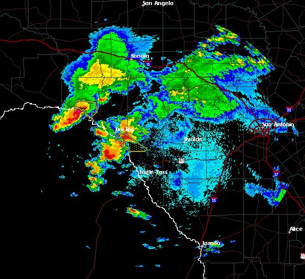 Radar Image for Severe Thunderstorms near Del Rio, TX at 5/3/2019 12:03 AM CDT