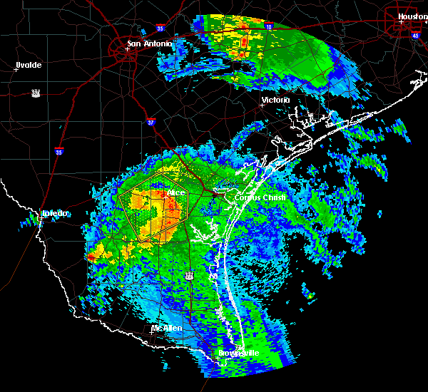 Radar Image for Severe Thunderstorms near Corpus Christi, TX at 5/3/2019 8:29 AM CDT