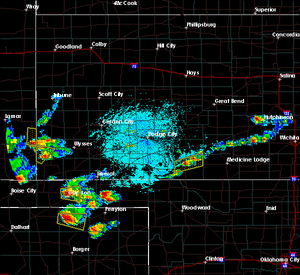 Radar Image for Severe Thunderstorms near Coldwater, KS at 6/11/2015 7:30 PM CDT