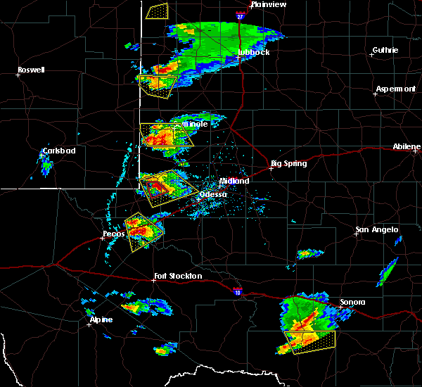 Radar Image for Severe Thunderstorms near Pyote, TX at 5/3/2019 5:00 PM CDT