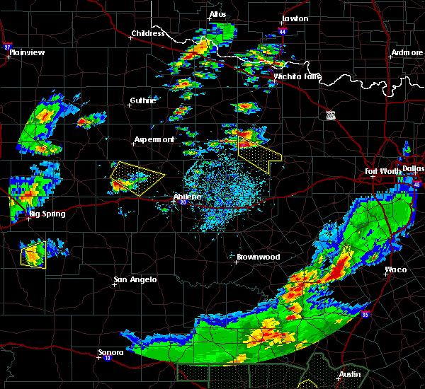 Radar Image for Severe Thunderstorms near Graham, TX at 5/3/2019 6:41 PM CDT