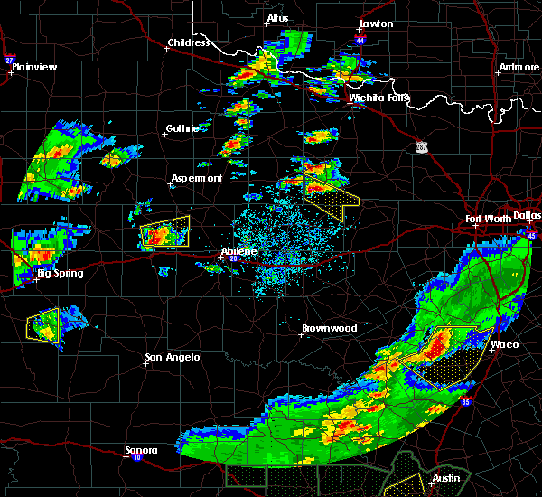 Radar Image for Severe Thunderstorms near Graham, TX at 5/3/2019 6:56 PM CDT