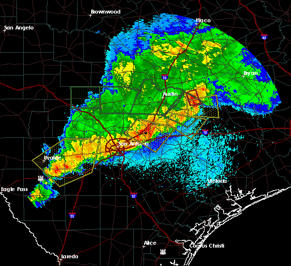 Radar Image for Severe Thunderstorms near Lakehills, TX at 5/3/2019 8:43 PM CDT
