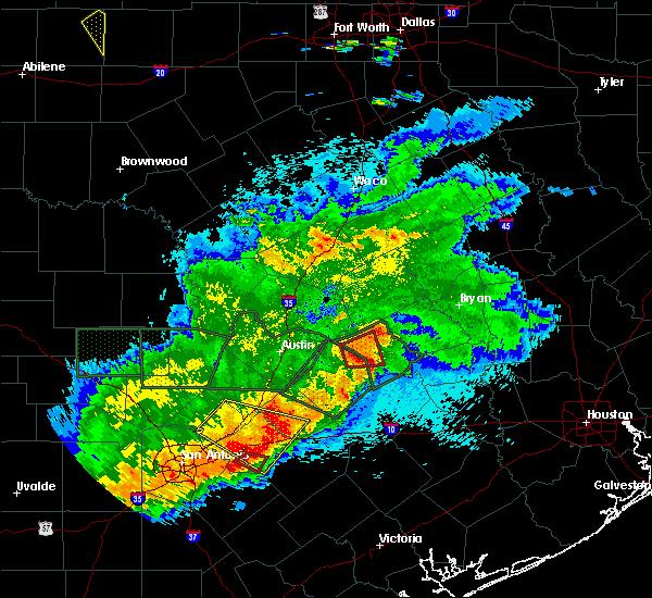 Radar Image for Severe Thunderstorms near Lexington, TX at 5/3/2019 8:58 PM CDT