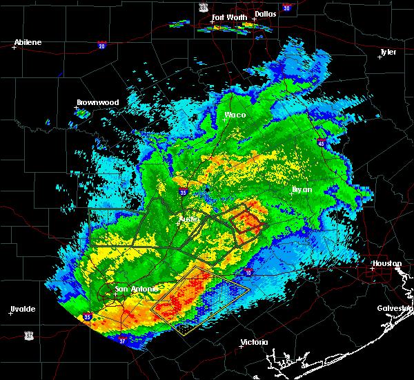Radar Image for Severe Thunderstorms near Lexington, TX at 5/3/2019 9:29 PM CDT