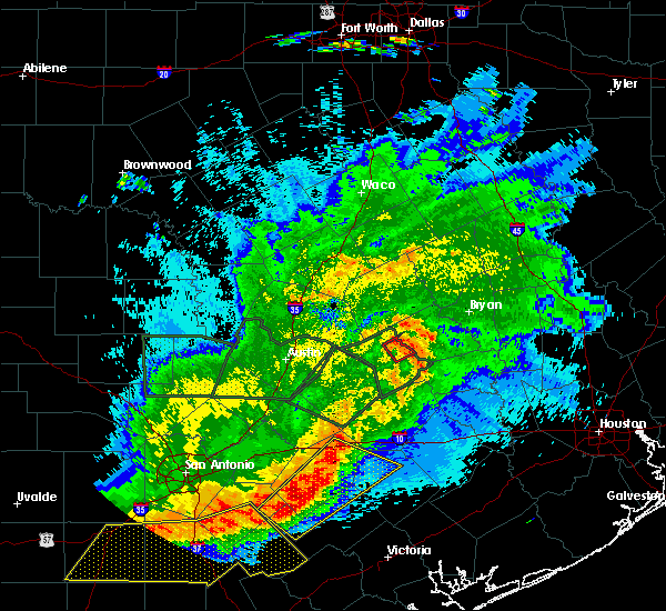 Radar Image for Severe Thunderstorms near Lexington, TX at 5/3/2019 9:37 PM CDT