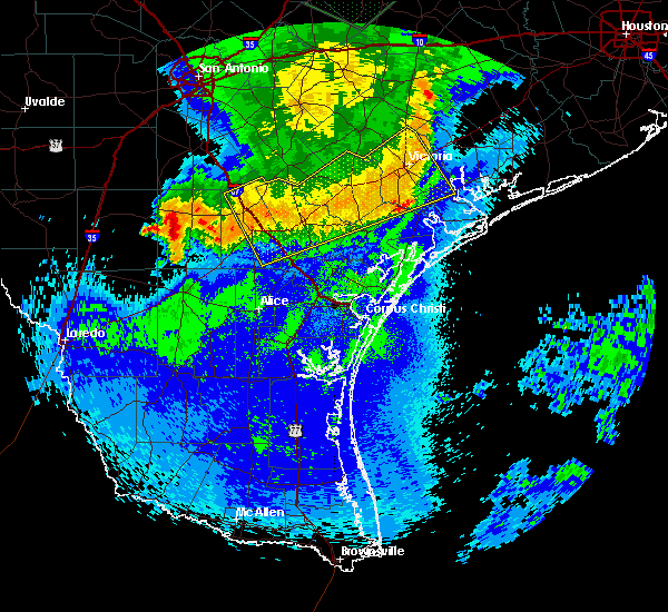 Radar Image for Severe Thunderstorms near Fowlerton, TX at 5/3/2019 11:15 PM CDT