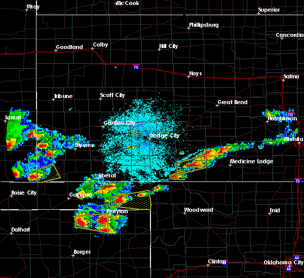 Radar Image for Severe Thunderstorms near Richfield, KS at 6/11/2015 8:06 PM CDT